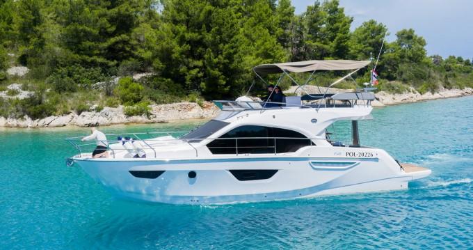 Rental yacht Podstrana - Sessa Marine Sessa Fly 42 - 2 cab. on SamBoat