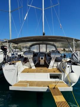 Rental Sailboat in Seget Donji - Hanse Hanse 505