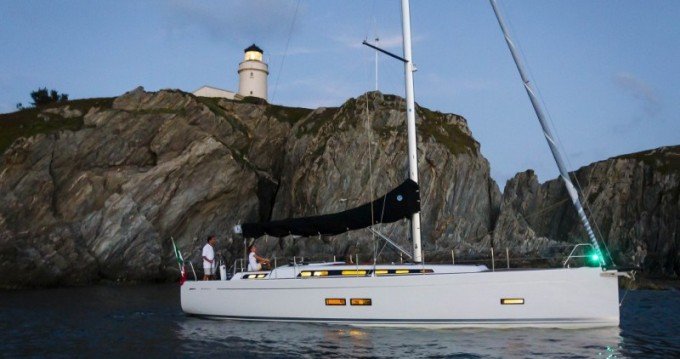 Hire Sailboat with or without skipper Grand Soleil Fezzano