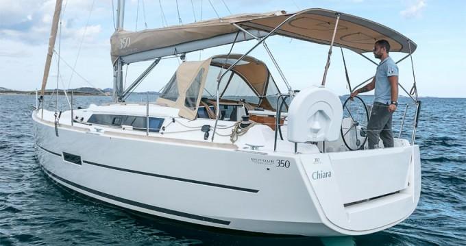 Boat rental Dufour Dufour 350 GL in Portisco on Samboat