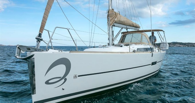 Hire Sailboat with or without skipper Dufour Portisco