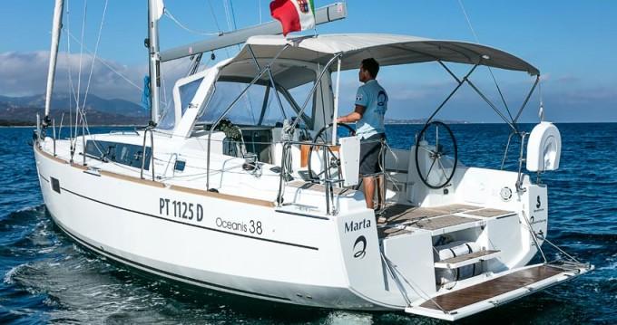 Rental Sailboat in Portisco - Bénéteau Oceanis 38