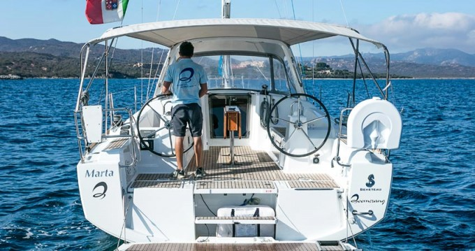 Bénéteau Oceanis 38 between personal and professional Portisco