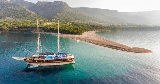 Boat rental Unknown Tajna Mora in Split on Samboat