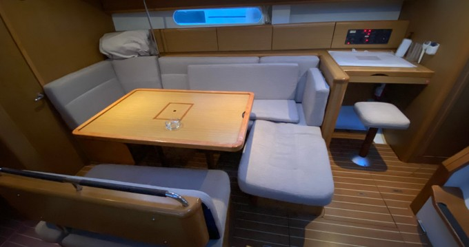 Jeanneau Sun Odyssey 44i between personal and professional Turkey