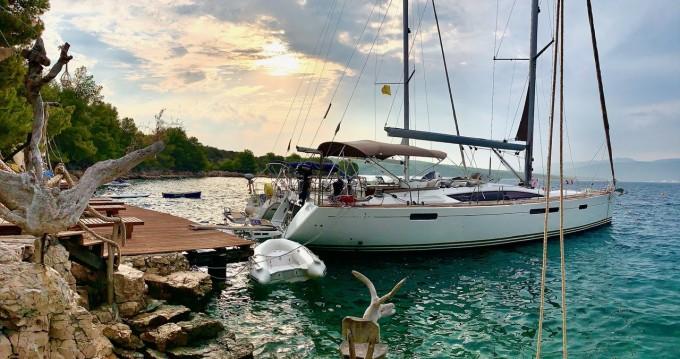 Boat rental Jeanneau Jeanneau 57 in Split on Samboat