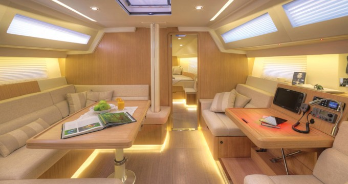 Rental Sailboat in Capo d'Orlando - Sirena-Marine Azuree 46