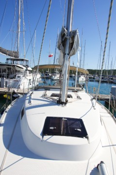 Rental Sailboat in Pirovac - Bavaria Cruiser 32