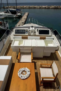 Boat rental Posillipo Posillipo Technema 68 in Zakynthos (Island) on Samboat