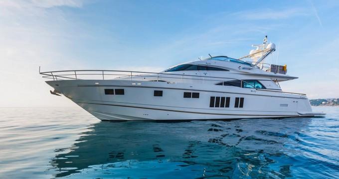 Rental Yacht in Split - Fairline Fairline Squadron 78