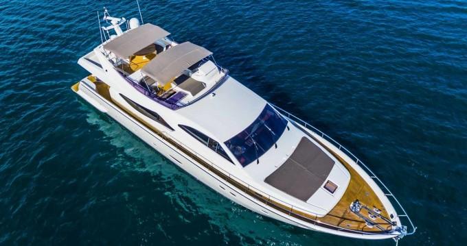 Rent a Ferretti Ferretti Yachts 760 Seget Donji
