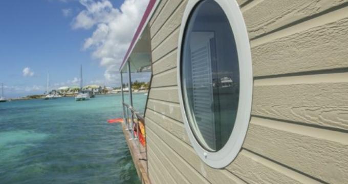 Rental Canal boat in Le Marin - Custom Made Aqualodge