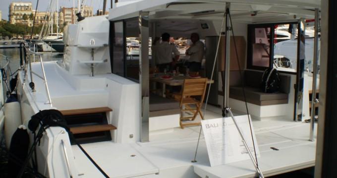 Boat rental Catana Bali 4.0 - 4 + 2 cab. in Anse Marcel on Samboat