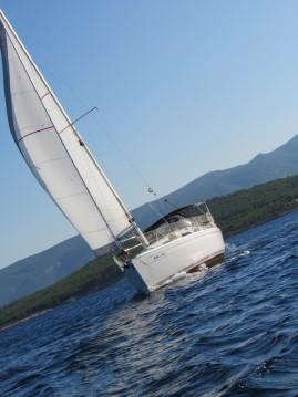 Rental Sailboat in Split - Bavaria Bavaria 31 Cruiser