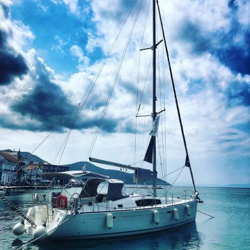 Sailboat for rent Thassos Island at the best price
