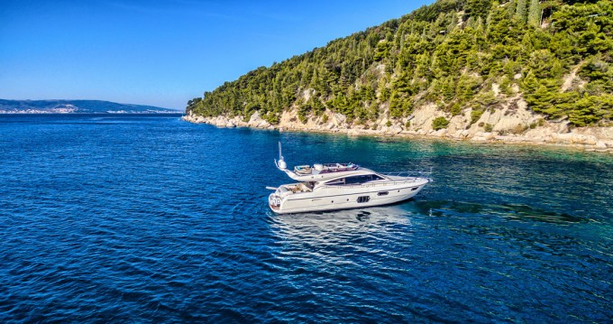 Hire Motorboat with or without skipper Ferretti Split
