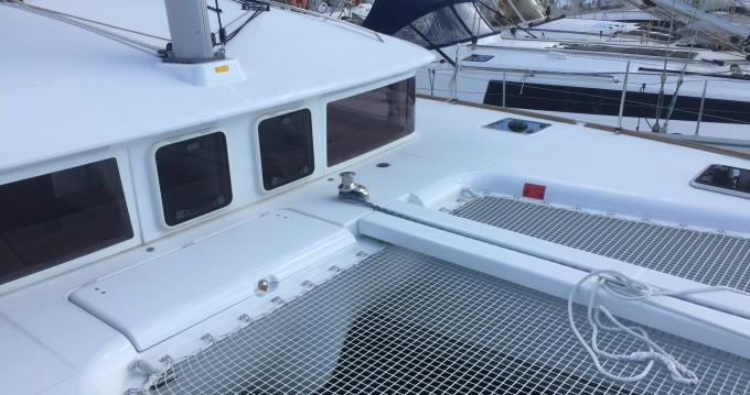 Hire Catamaran with or without skipper Lagoon Paros Island