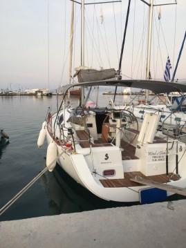 Bénéteau Oceanis 37 between personal and professional Paros Island