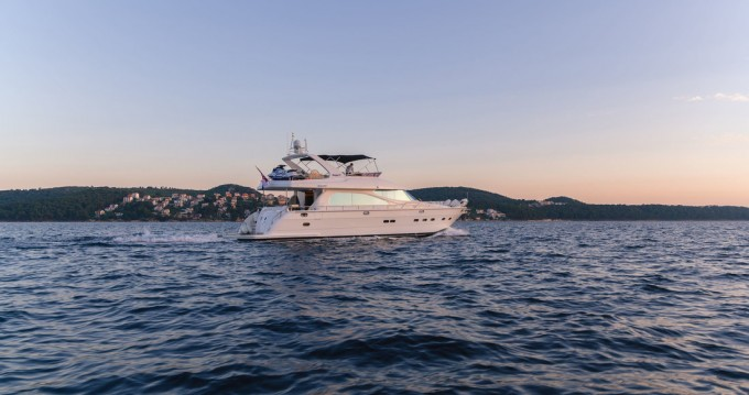 Hire Yacht with or without skipper Yaretti Split