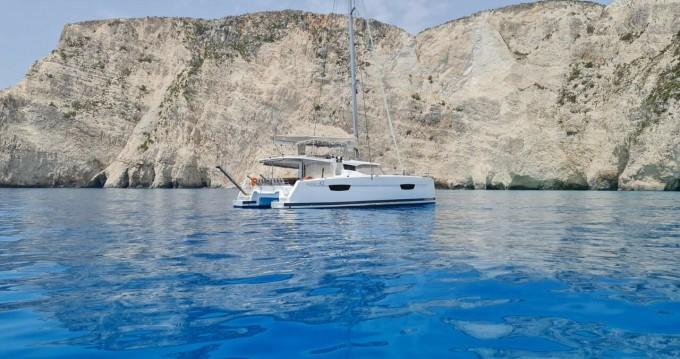 Rental Catamaran in Sami - Fountaine Pajot Astrea 42