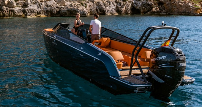 Boat rental Cranchi Cranchi E26 Rider in Palma de Mallorca on Samboat