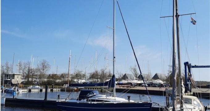 Rental Sailboat in Lemmer - Huzar Huzar 30 Offshore