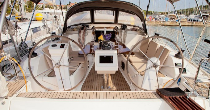 Hire Sailboat with or without skipper Bavaria Pula
