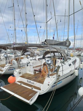 Rent a Bavaria Cruiser 41S Biograd na Moru