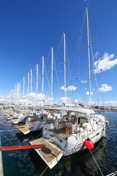 Sailboat for rent Deme of Volos at the best price