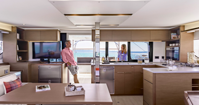 Hire Catamaran with or without skipper Lagoon Frenchtown