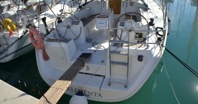 Rental Sailboat in Sukošan - Bénéteau Cyclades 43.4