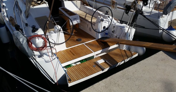 Boat rental Dufour Dufour 350 GL in Sukošan on Samboat
