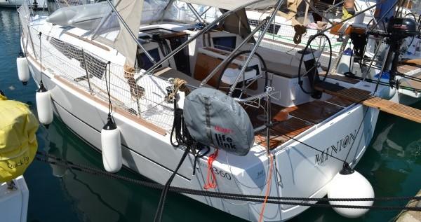 Rental Sailboat in Sukošan - Dufour Dufour 360 Grand Large