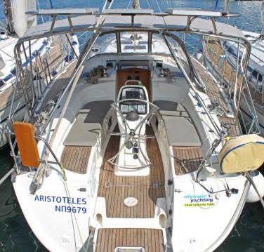 Boat rental Bavaria Bavaria 38 Cruiser in Lávrio on Samboat