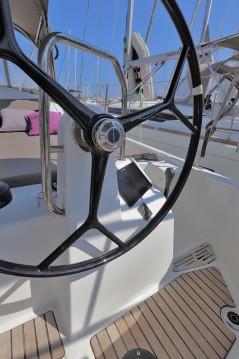 Boat rental Jeanneau Sun Odyssey 440 in Lávrio on Samboat