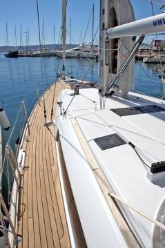 Rental yacht Lávrio - Jeanneau Sun Odyssey 509 on SamBoat