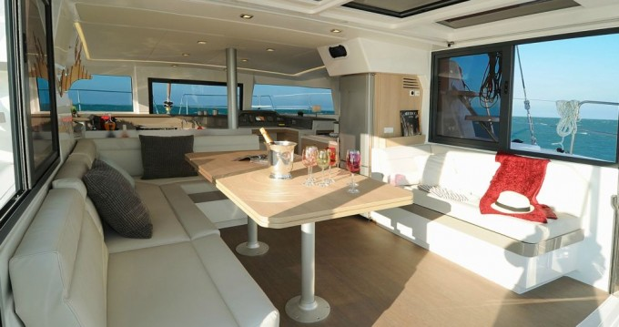 Hire Catamaran with or without skipper Catana Lávrio