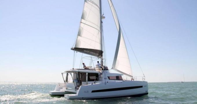 Rental Catamaran in Skiathos - Catana Bali 4.3 - 4 + 2 cab.
