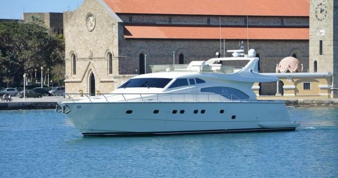 Boat rental Ferretti Ferretti Yachts 68 - 4 + 2 cab. in Rhodes on Samboat