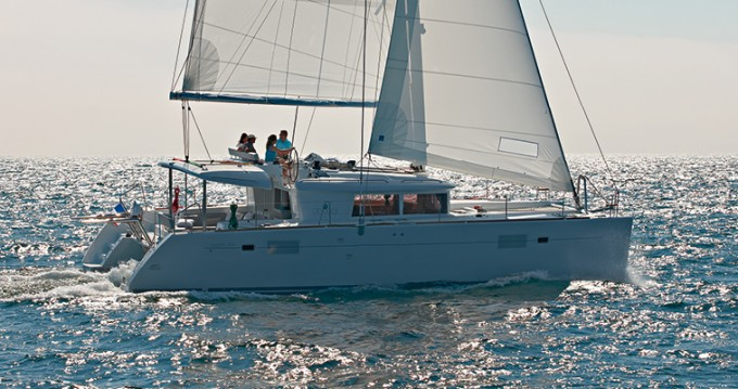 Rental Catamaran in Lávrio - Lagoon Lagoon 450 F