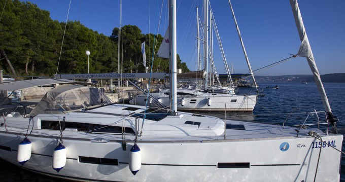 Hire Sailboat with or without skipper Dufour Mali Lošinj