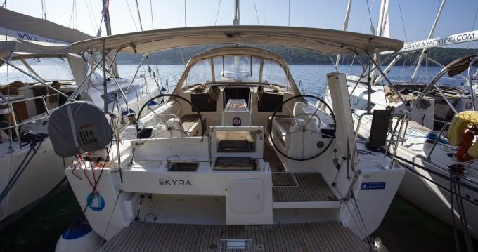 Boat rental Dufour Dufour 412 Grand Large in Primošten on Samboat