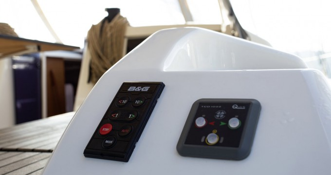 Rental yacht Pula - Dufour Dufour 430 GL on SamBoat