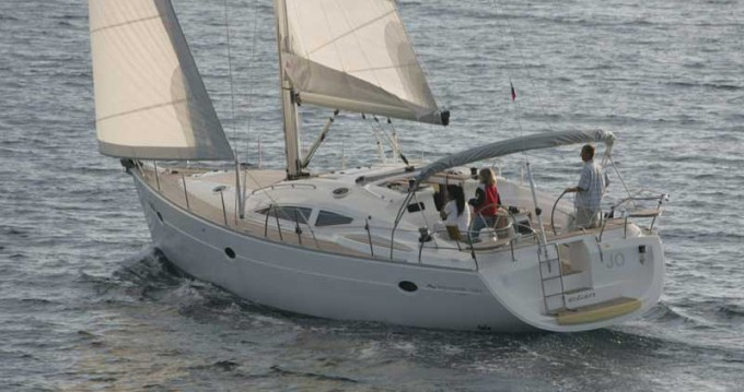 Hire Sailboat with or without skipper Elan Pula