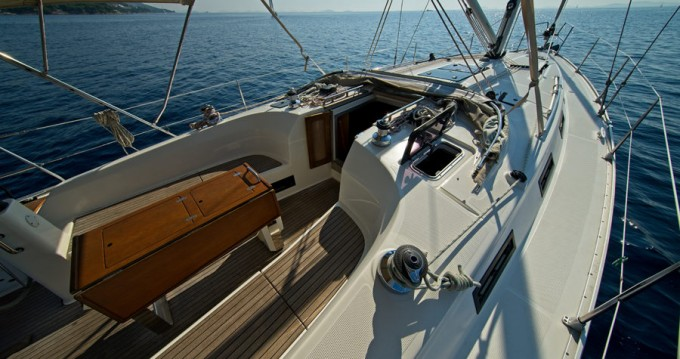 Rental Sailboat in Murter - Bavaria Cruiser 40