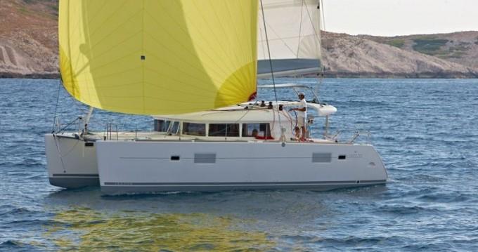Lagoon Lagoon 400 between personal and professional Murter