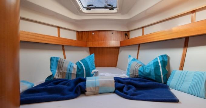 Rental Sailboat in Pula - Elan Impression 384
