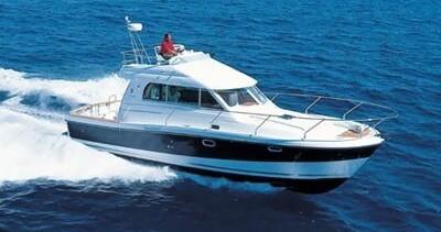 Boat rental Bénéteau Antares 10.80 Fly in Zadar on Samboat