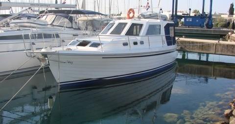 Rental Motorboat in Sukošan - Sas Vektor ADRIA 1002