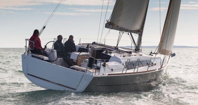 Rental yacht Seget Donji - Dufour Dufour 382 GL on SamBoat